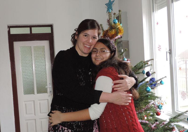 Pictures in front of the tree (3).JPG